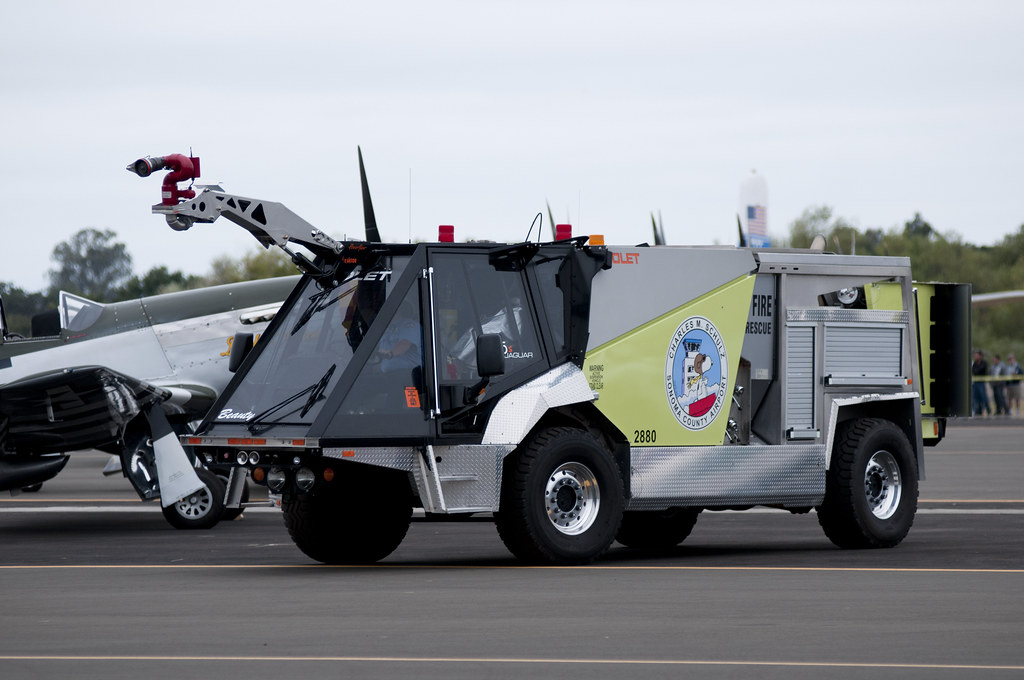 Jaguar Fire Truck Snoopy Fire Truck Colet