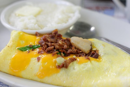 potato skin omelet, from mustache bill's diner | by amlamster
