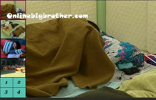 BB13-C2-8-24-2011-11_12_23.jpg | by onlinebigbrother.com
