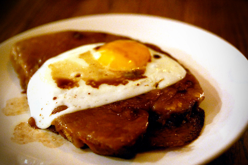 Welsh rarebit with a fried egg and worchestershire | Flickr