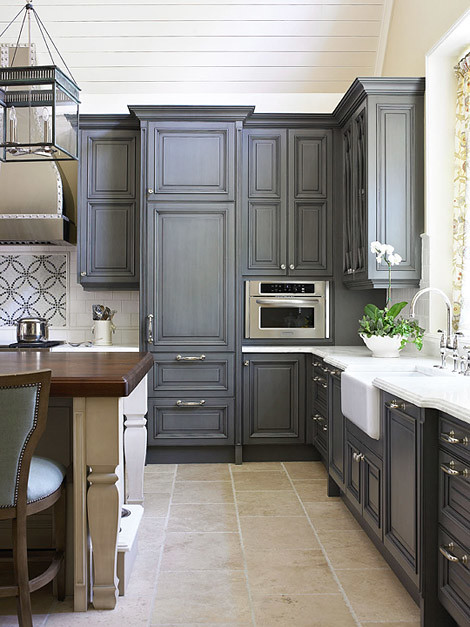 charcoal grey kitchen cabinets charcoal grey cabinets i think these cabinets are 13336