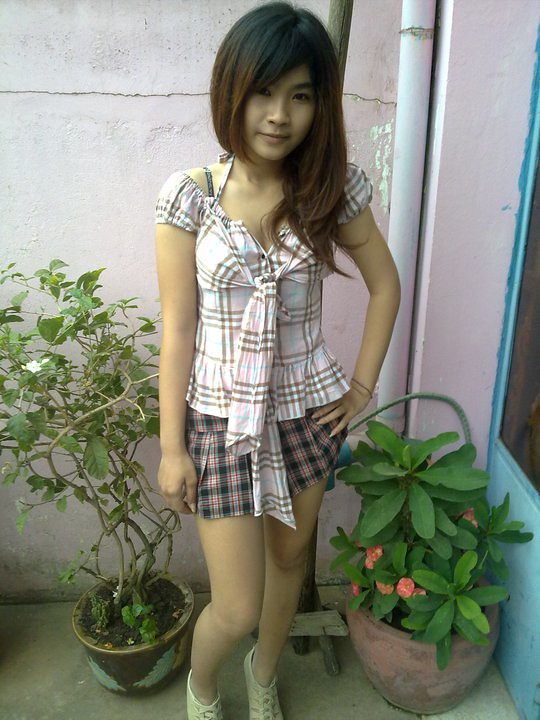 Cambodian girl star nakd-2263