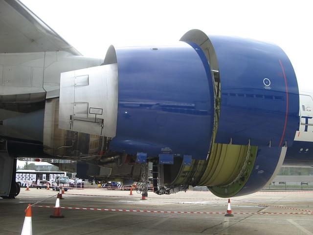 engine boeing 777 - photo #16