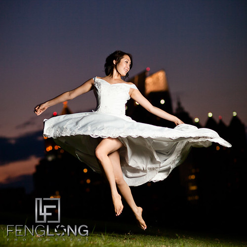 Jumping Bride! | Alice's Bridal Portrait Glamour Session | Piedmont Park | Atlanta Wedding Photographer | by Zac | FengLongPhoto.com
