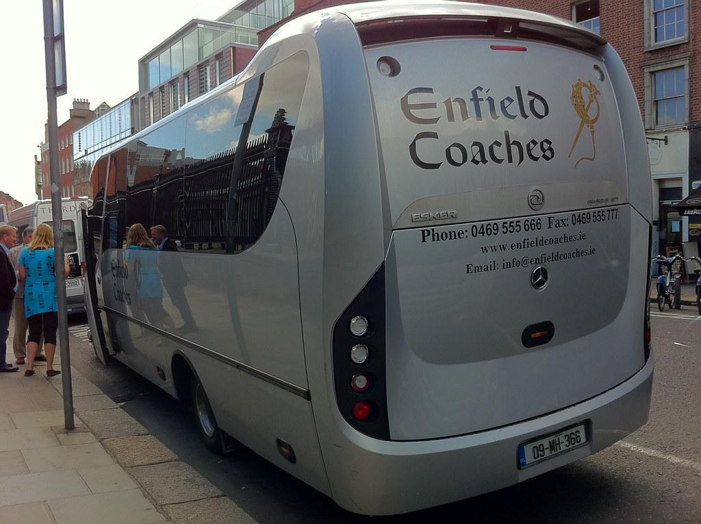 Mercedes Benz Esker Riada Gt Unvi Enfield Coaches Check