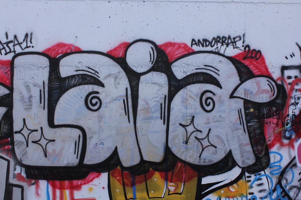 Graffitis al skate parc andorra la vella 02 ferran llorens flickr graffitis al skate parc andorra la vella 02 by fer55 altavistaventures Images