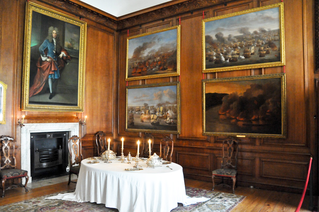 The Queen S Private Dining Room At Hampton Court Royal Pal