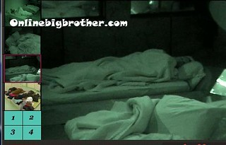 BB13-C3-8-12-2011-8_01_52.jpg | by onlinebigbrother.com