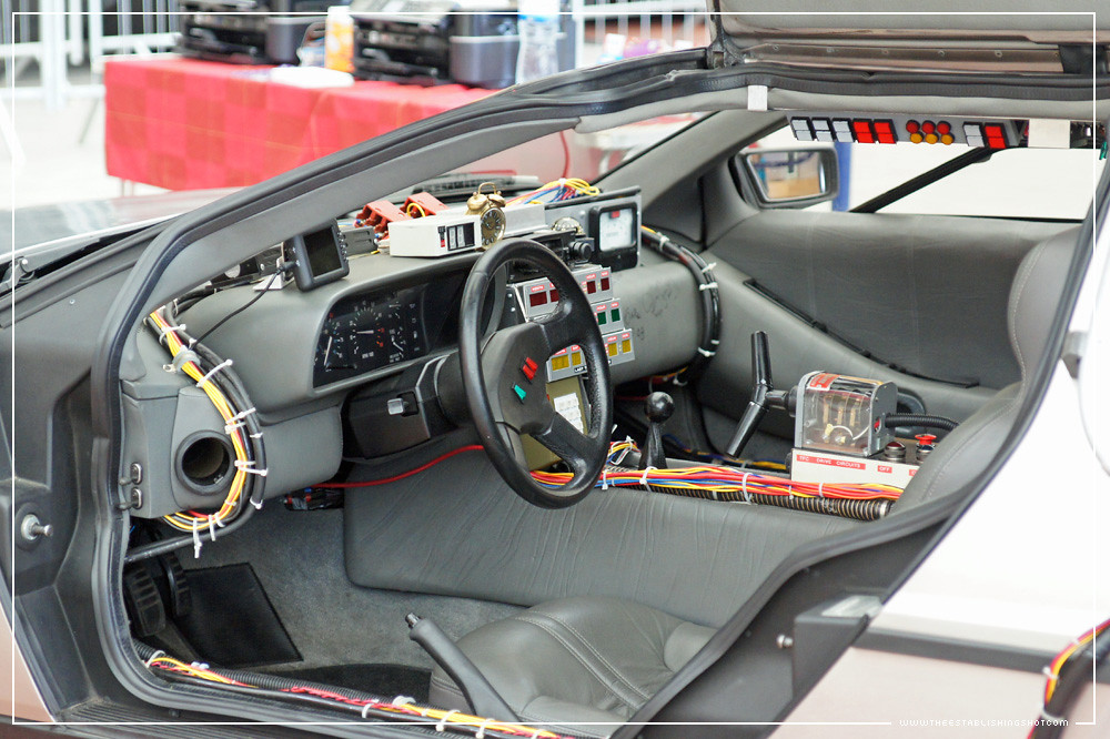 Empire big screen replica back to the future doc brown for Future interieur