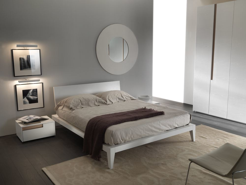 Mazzali regolo bed letto regolo bed and bedside www for Colore pareti camera da letto mobili bianchi