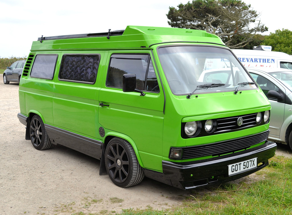 green t3 a particulary smart example of a vw t3 camper. Black Bedroom Furniture Sets. Home Design Ideas