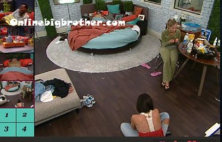 BB13-C4-8-9-2011-12_26_58.jpg | by onlinebigbrother.com