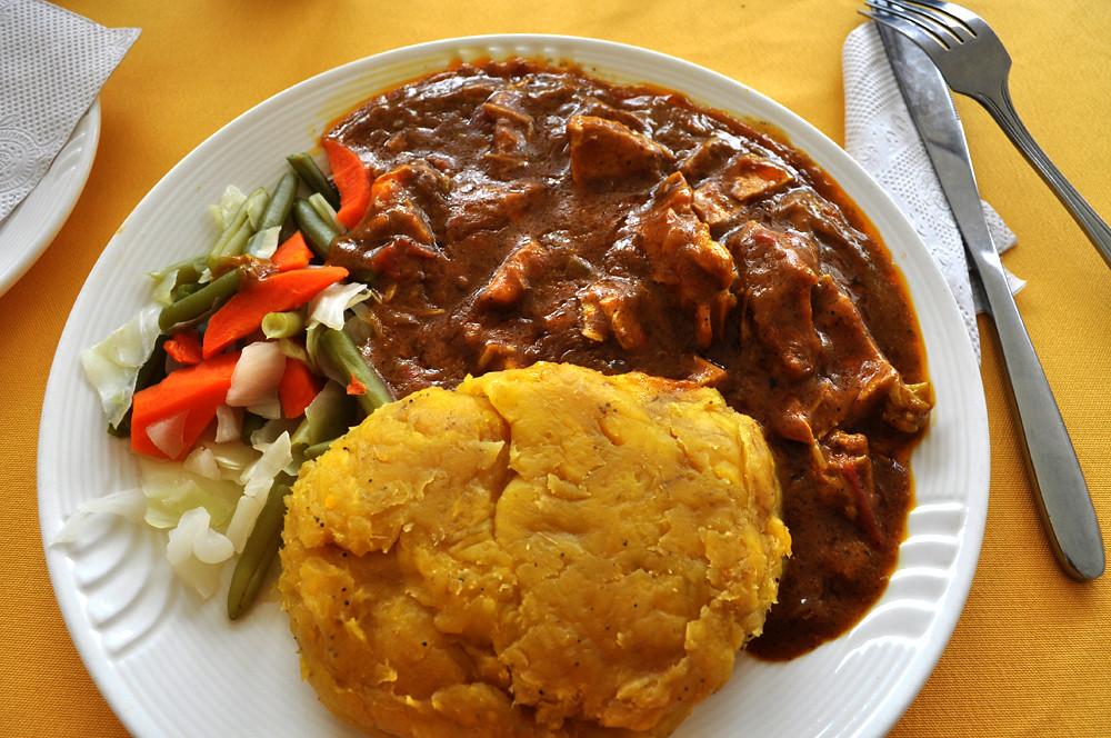 Uganda Beef Whith Matoke Neurona Viajes Flickr