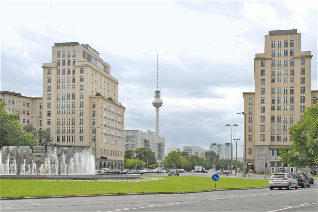 la strausberger platz karl marx allee berlin immeubles flickr. Black Bedroom Furniture Sets. Home Design Ideas