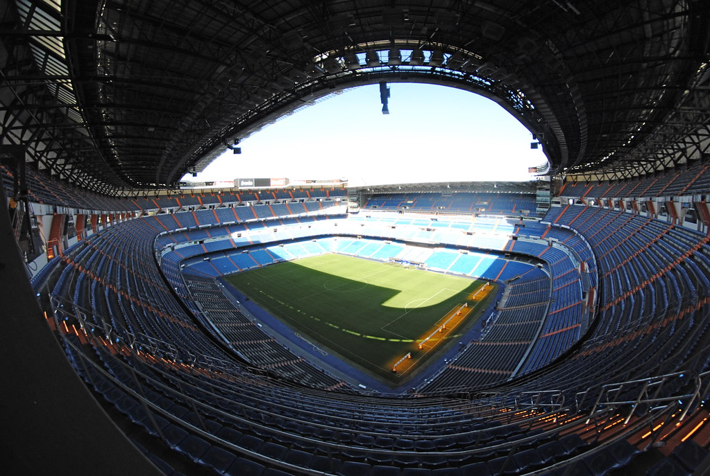 Estadio santiago bernab u impressive stadium home of for Puerta 4 santiago bernabeu
