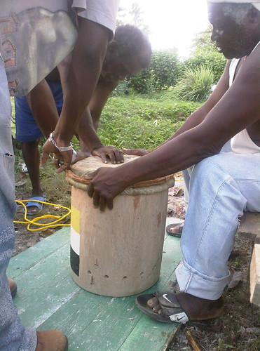 Threading the rope | by Warasa Drum School