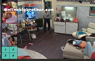 BB13-C3-8-8-2011-11_50_18.jpg | by onlinebigbrother.com
