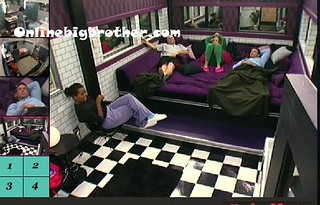 BB13-C4-8-18-2011-1_39_16.jpg | by onlinebigbrother.com