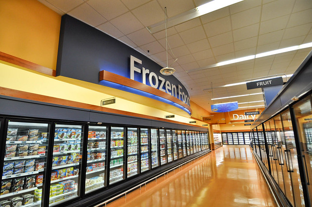 Interior Grocery Design | Frozen Foods Design | Interior ...