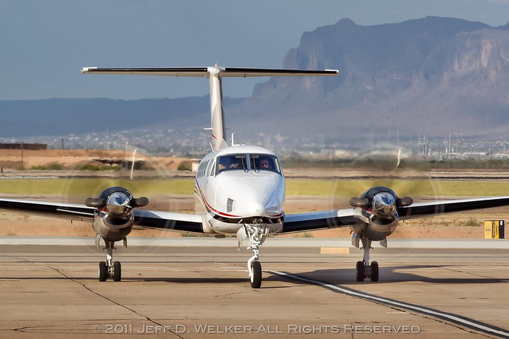 King Air 250 @ Willie/KIWA | Jeff D. Welker | Flickr
