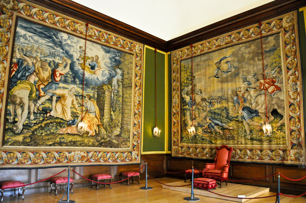 The King S Withdrawing Room At Hampton Court Royal Palace