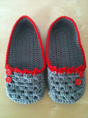 Cocoon slippers | by a busy little hook
