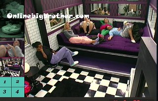 BB13-C4-8-18-2011-2_02_36.jpg | by onlinebigbrother.com