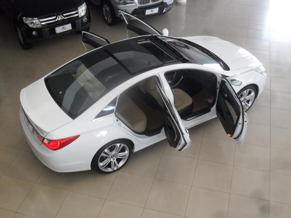 Hyundai Sonata Trocou O Interior Vermelho E Preto E