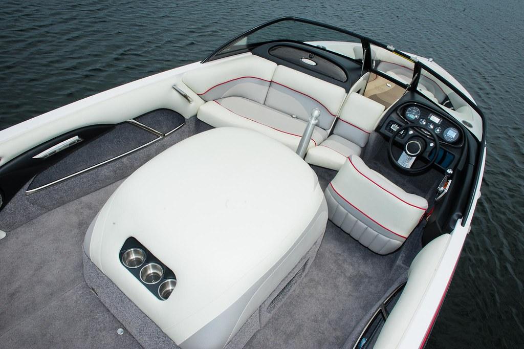 2012 Malibu Response TXi Interior Shot | Malibu Boats | Flickr