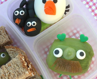 angry birds lunch bento | by anotherlunch.com