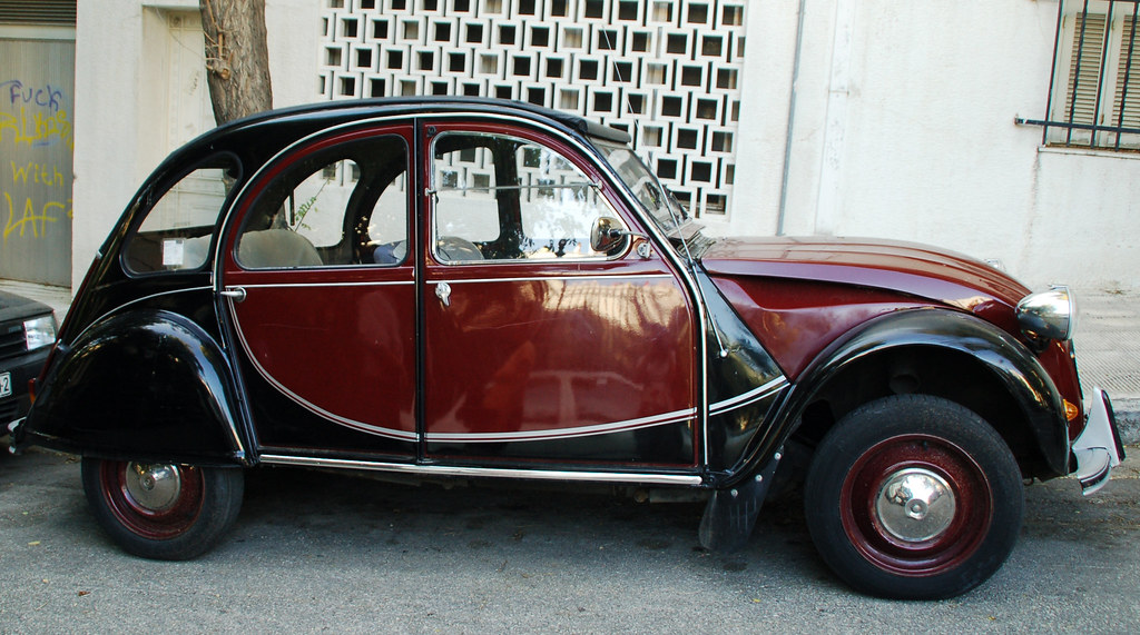 beautiful citroen 2cv black and burgundy in athens. Black Bedroom Furniture Sets. Home Design Ideas