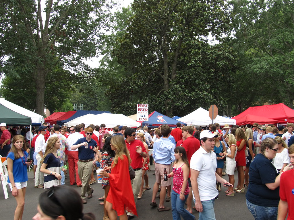 The Grove University Of Mississippi Ole Miss Oxford M
