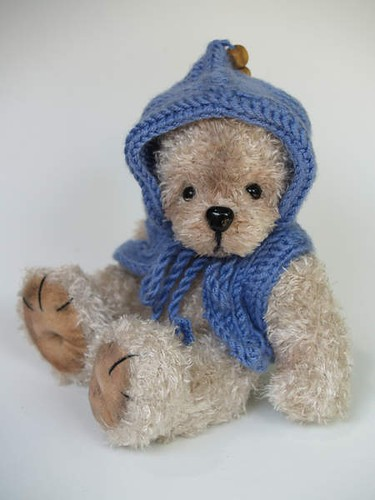 Edward, crocheted bear by Marion Fraile | by bearkidz