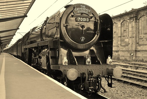 BR Britannia Class 7MT 4-6-2 no 70013 Oliver Cromwell With Cathedrals Express At Carlisle - 25th August 2011 | by allan5819 (Allan McKever)