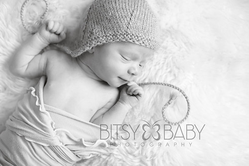 newborn photographers knit hat2 | by Bitsy Baby Photography [Rita]