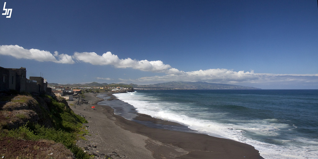 Playa impracticable en Ribeira Grande