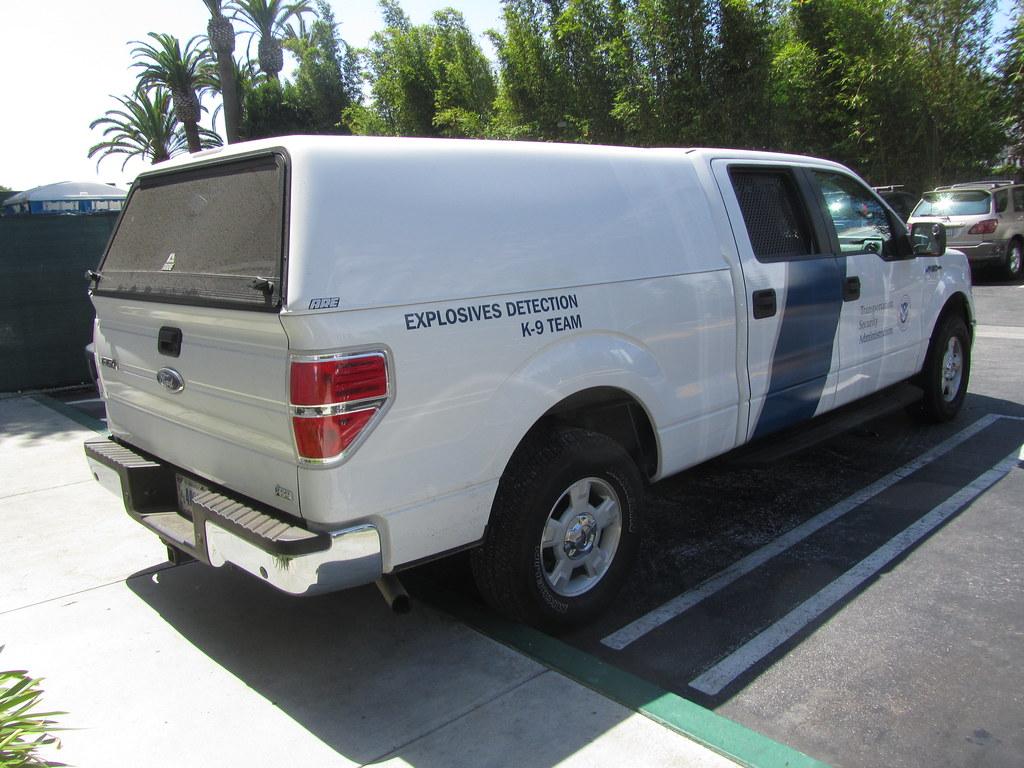Tsa Explosives Detection K 9 Team Ford F150 Truck