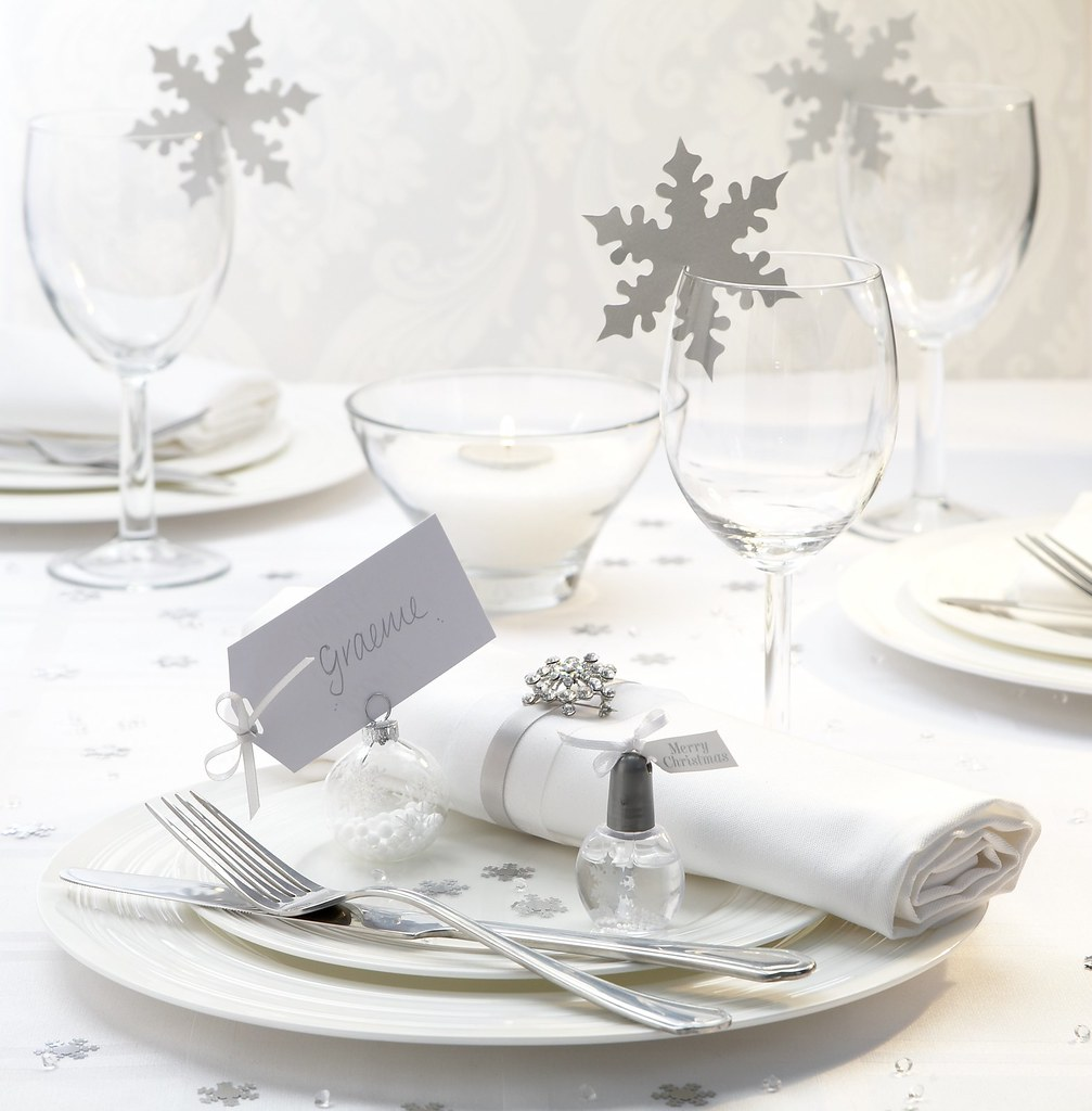 Snow Wedding Ideas: Winter Wedding Theme - Snowflake