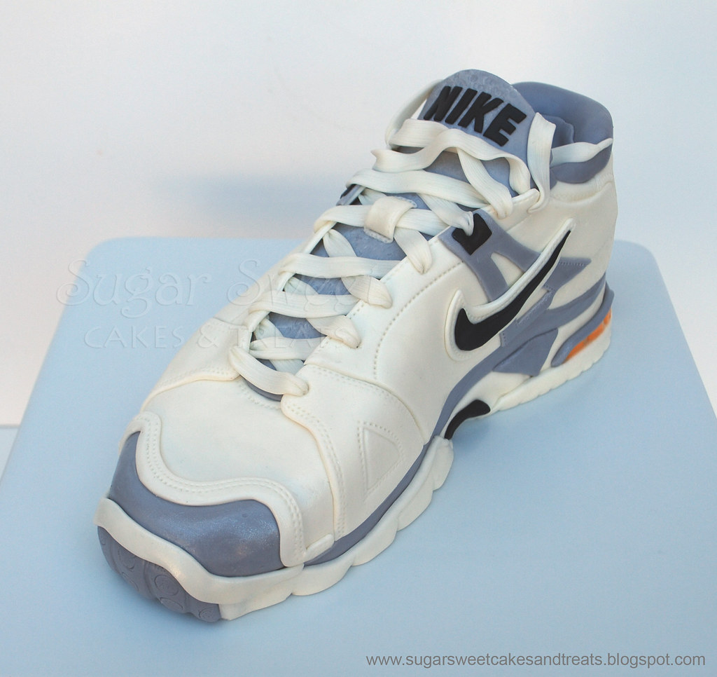 How To Make A Tennis Shoe Cake