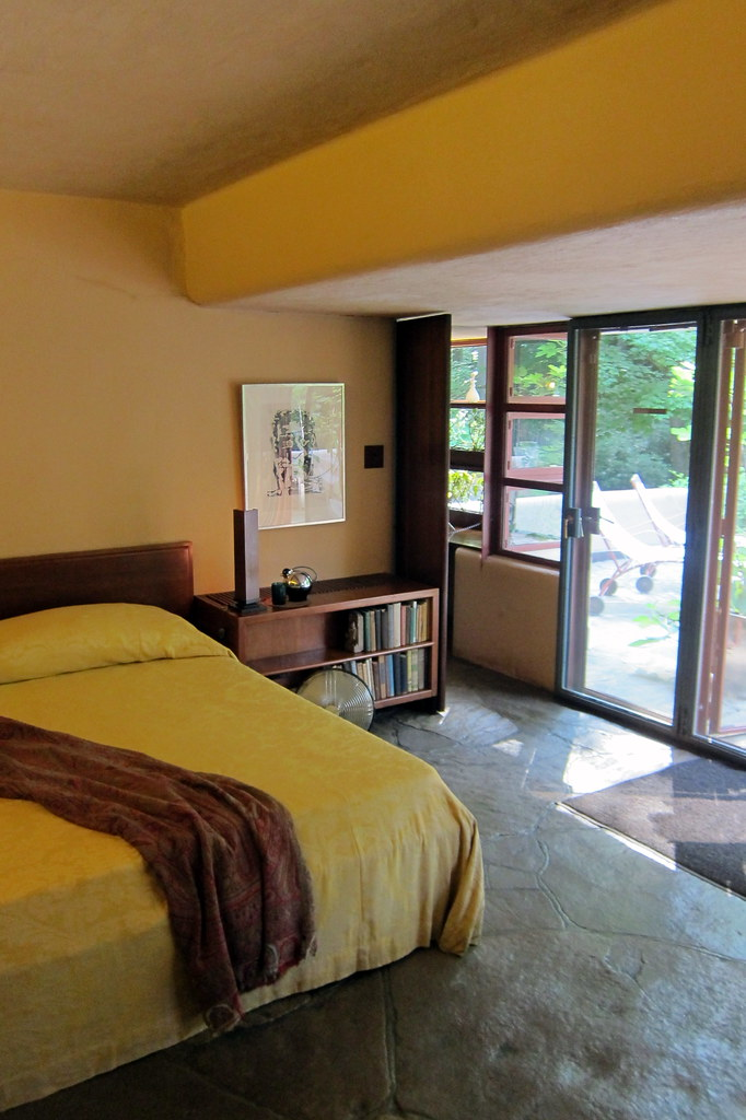 PA - Mill Run: Fallingwater Master Bedroom | The bedframes ...