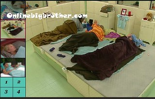 BB13-C1-8-20-2011-2_24_27.jpg | by onlinebigbrother.com