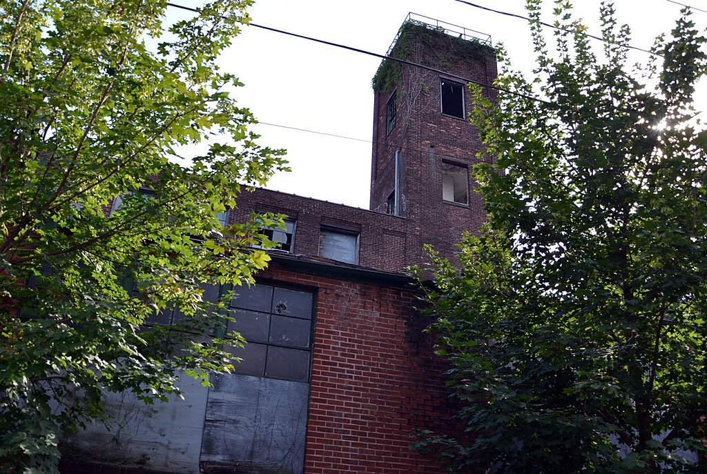 Tower View Abandoned Factory In Trenton Nj Originally Se Flickr