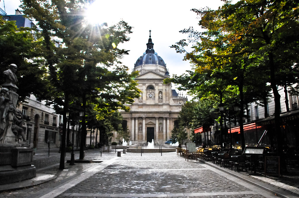 Paris sorbonne university chapel in the latin quarter pa for Sorbonne paris