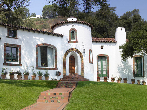 Spanish white body ultra pure white 4050 window frames for Spanish colonial exterior paint colors