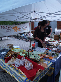 Gourmet Food Vendor at the Downtown Farmer's market | by Visit Gainesville