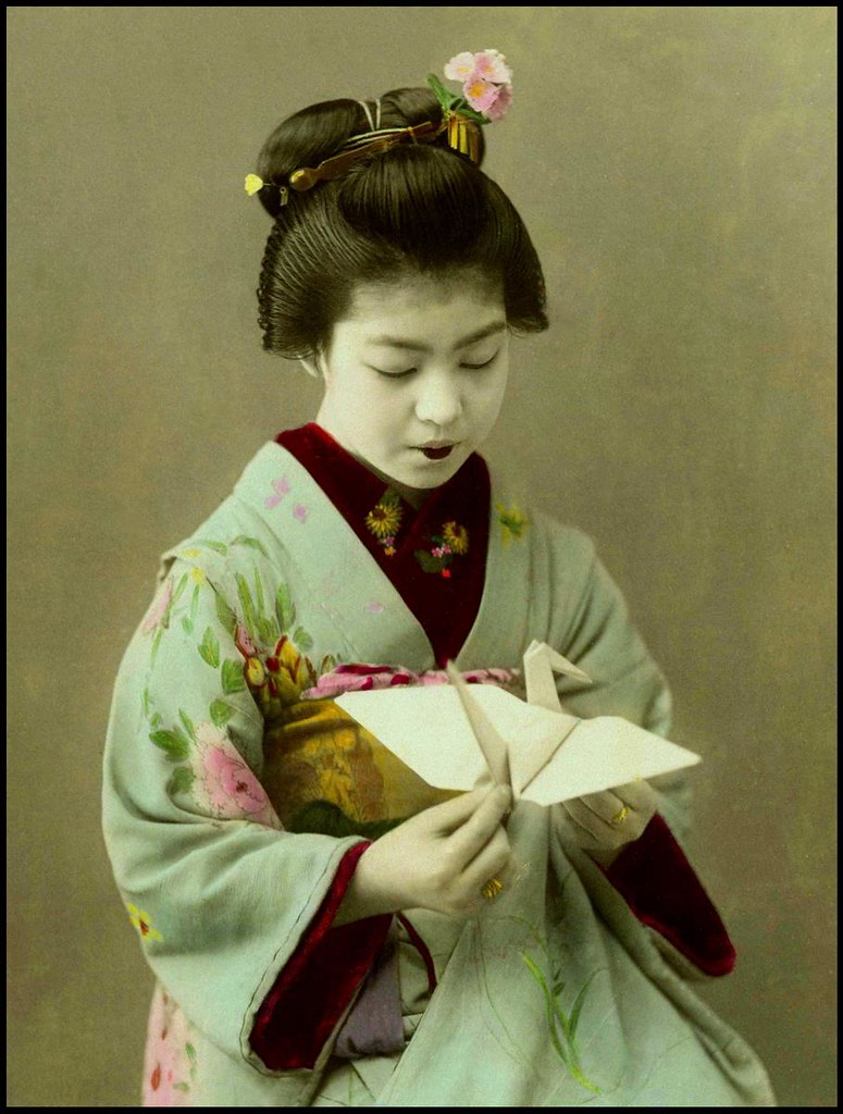 A Sweet Little Origami Maiko Of Old Japan I Have A Few