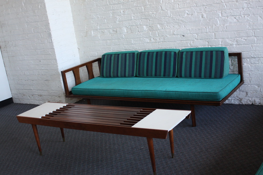 Danish modern mid century modern sectional daybed sofa for Mid century modern day bed