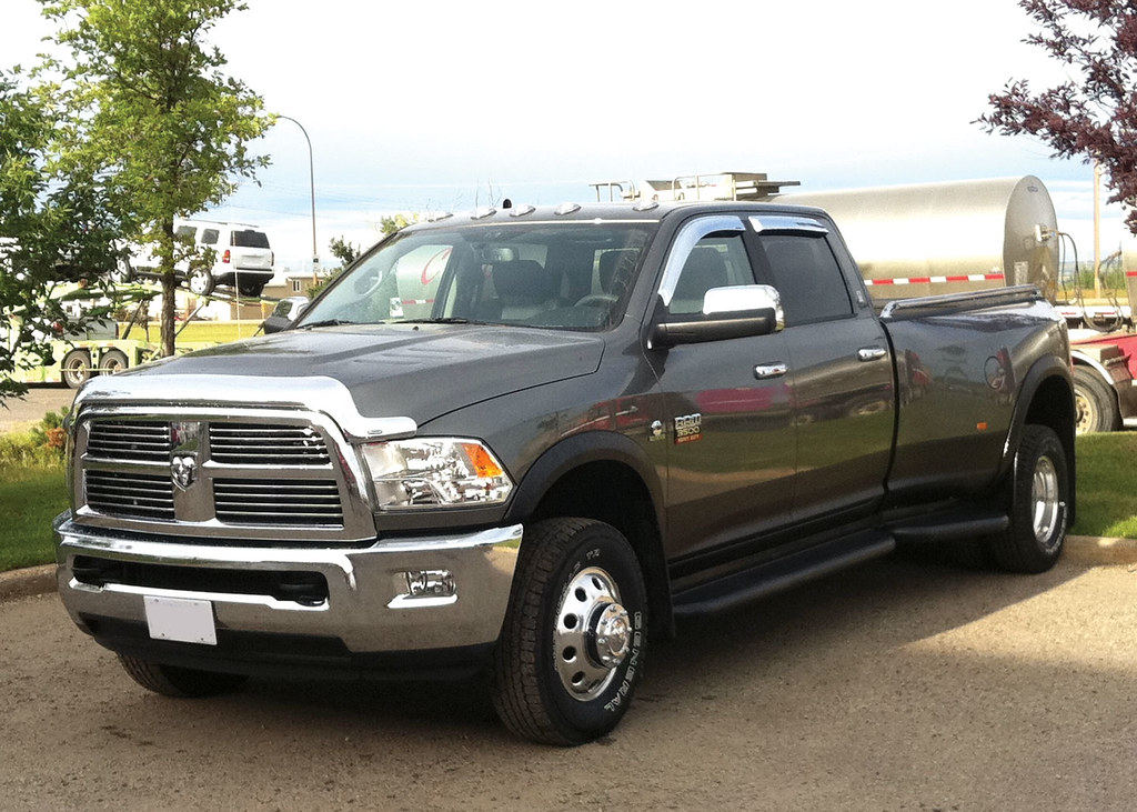running boards for dodge 3500 dually truck autos post. Black Bedroom Furniture Sets. Home Design Ideas