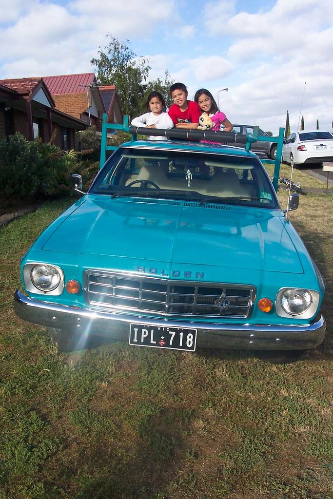Kids On An Hx Holden One Tonner Theducksguts Flickr