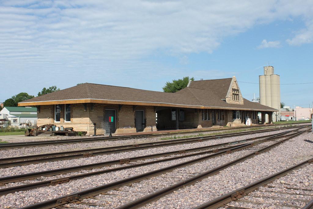 New Ulm Mn Cnw Depot The New Ulm Cnw Depot Still Survives Flickr